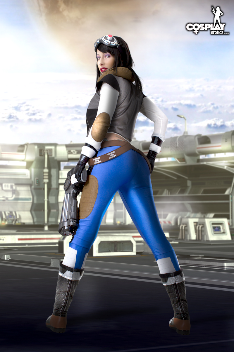 swtor_smuggler_01_by_cosplayerotica-d4j649p