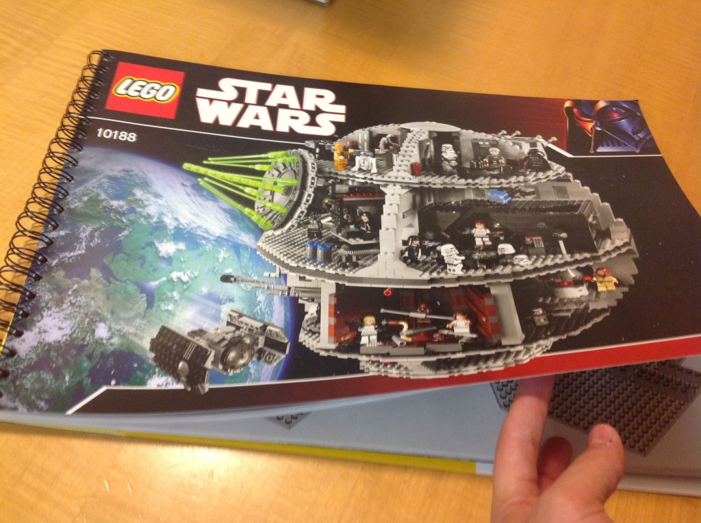 Building the LEGO Death Star 02