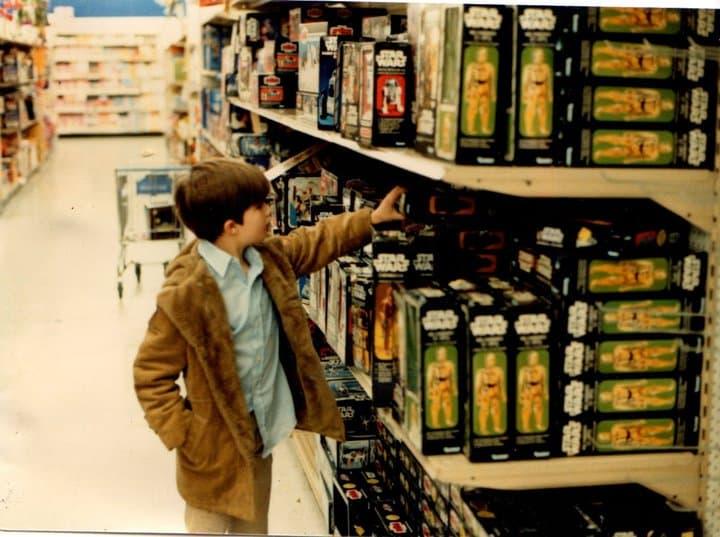 Vintage-Kenner-Star-Wars-toys-On-Shelves