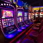 Online Slots vs land-based machines: which will come out on top?